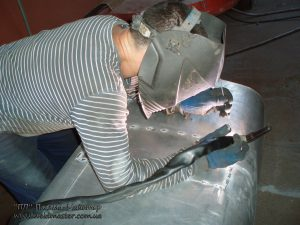 Ремонт паливного баку DAF, MITSUBISHI